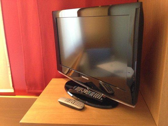 Hotel Daniel Graz : TV set