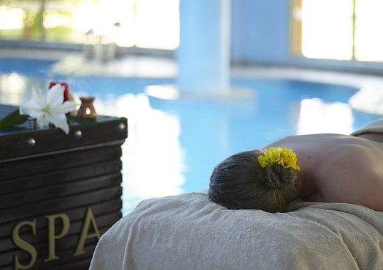 Coral Sea Holiday Village: The spa