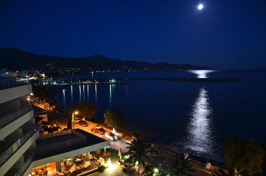 Anastasia Hotel Karystos: Full moon balcony view