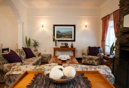 De Villiers Country Lodge: Lounge