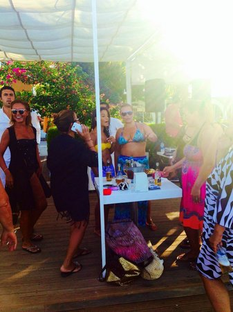 Onikon Butik Hotel: Onikon Beach Party