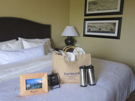 La Cantera Resort & Spa: Welcome package