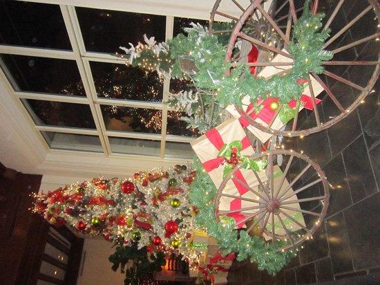 La Cantera Resort & Spa: Beautiful Decorations arrived!