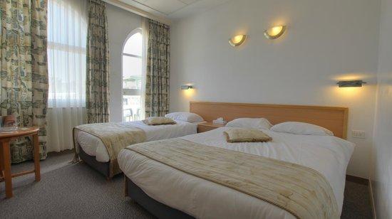 Golden Walls Hotel: Rooms