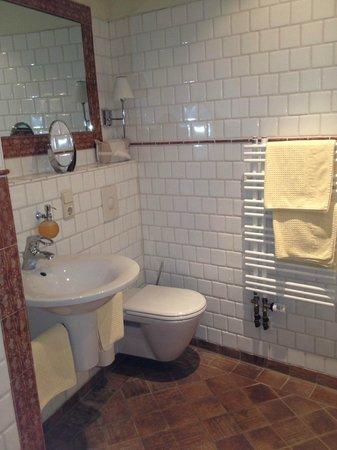 Hotel Klosterstüble: bathroom