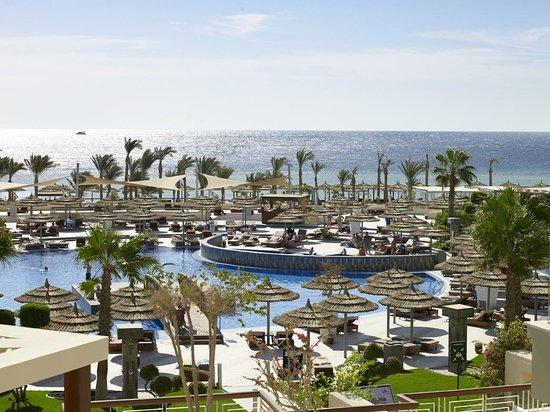 Coral Sea Sensatori - Sharm El Sheikh: The main pool