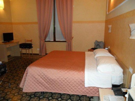 Hotel Fiorita: Habitacion doble