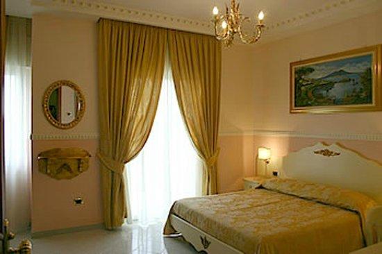 Luxor Hotel: Suite
