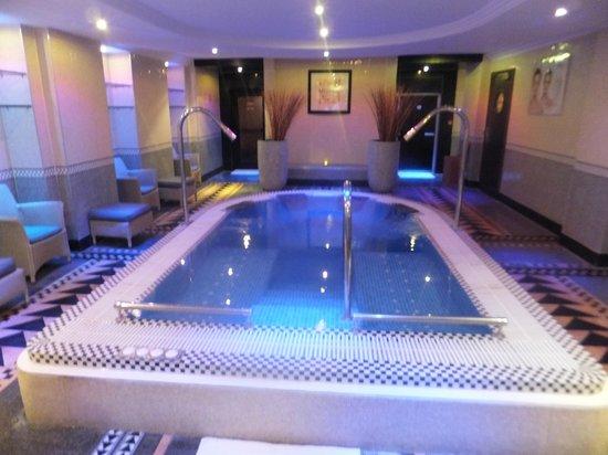 Le Magnifique Spa Picture Of Hotel Du Collectionneur Paris