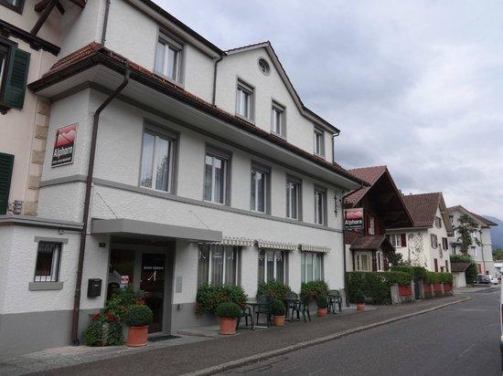 Hotel Alphorn : VISTA FRENTE