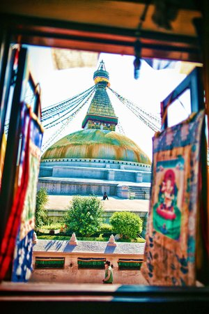 Happiness Guesthouse: View of the stupa from Tibet Imports mandala shop