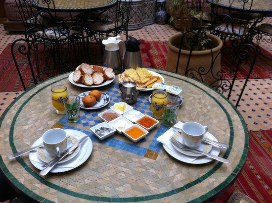 Riad al akhawaine: colazione al riad