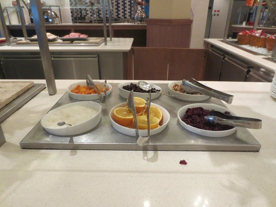 Melia Nassau Beach - All Inclusive: Terrible Breakfast Buffet for $25