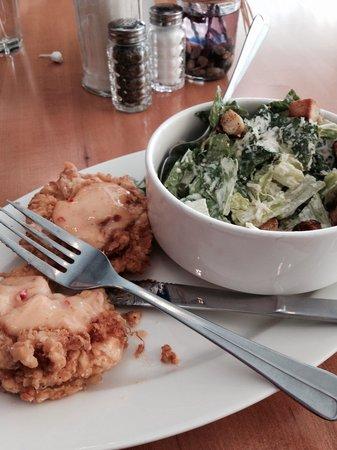 The Bluebird: Fried green tomatoes lunch in Nov no less