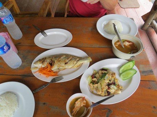 Koh Yao Yai: Lunch
