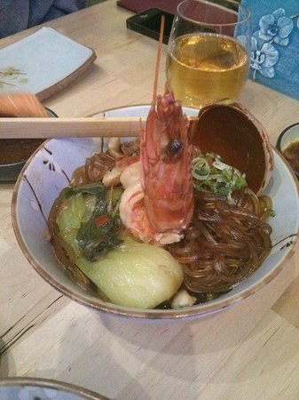 Umezushi : seafood glass noodle