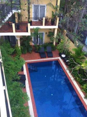 Villa Borann : Pool review from 2nd (top floor)