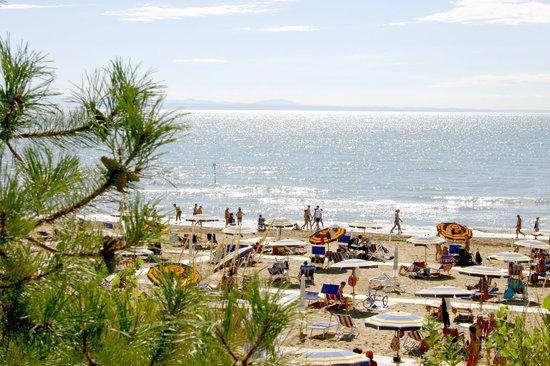Bella Italia & EFA Village: Spiaggia