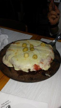 El Cuartito: PIZZA CHICA