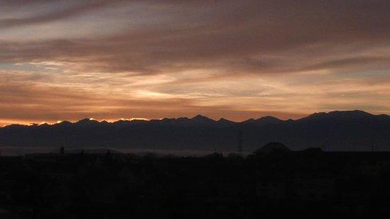 Continental Forum Sibiu : Transylvanian Alps in the morning