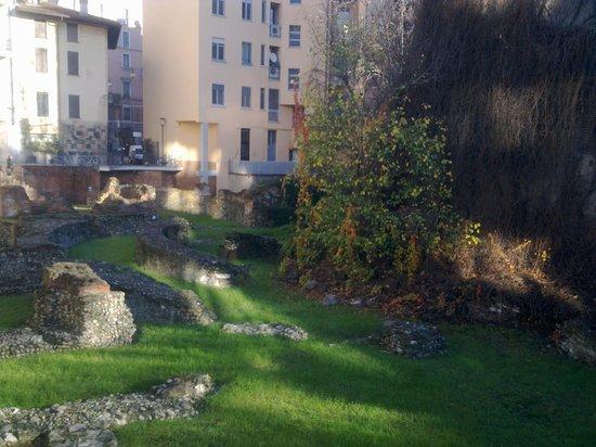 Emperor's Palace of Milan: nel condominio