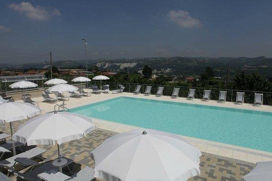 B&B I Perticali : piscina inclusa nel periodo estivo