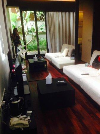 Taum Resort Bali: That's the living hall.