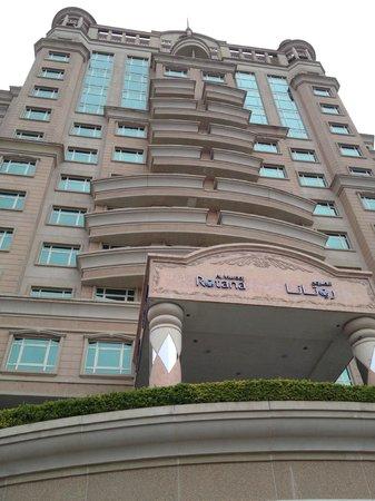 Roda Al Murooj: Hotel from outside