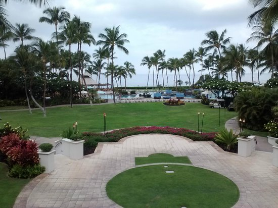 Fairmont Orchid, Hawaii: View from the back of the resort.