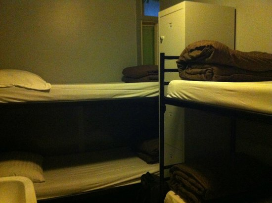 Amsterdam Hostel Centre: 4 person bedroom