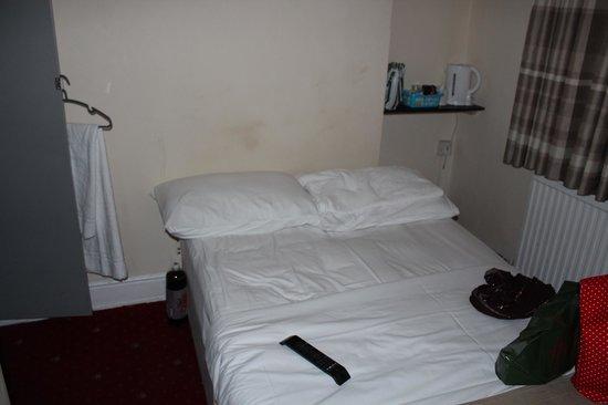 Goodwood Hotel: The Bedroom