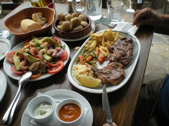 Restaurante Grill Las Canadas : massive plate of pork chops