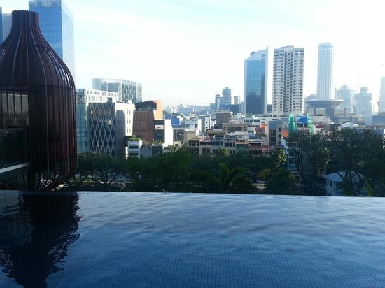 PARKROYAL on Pickering: view of Chinatown from pool area