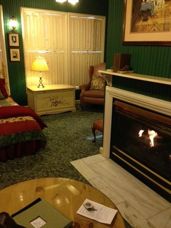 The Historic Inn on Ramsey Street : cozy room