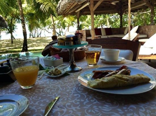 Constance Lemuria: chiamiamola colazione...