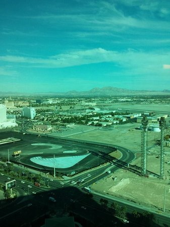 Four Seasons Hotel Las Vegas : Kind of didn't mind this view
