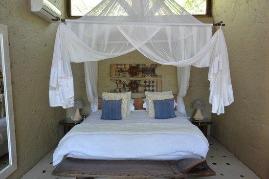 Pondoro Game Lodge: My room
