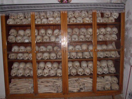 Nea Moni Monastery: Το οστεοφυλάκιο της Μονής