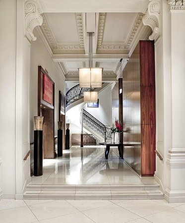 Threadneedles, Autograph Collection: Foyer at our 5-star boutique hotel in London