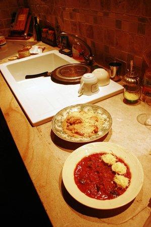 L'Aubergine Rouge: Avevamo la nostra cucina