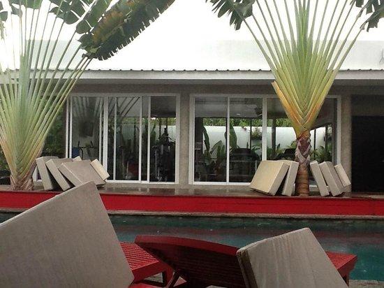 MEN's Resort & Spa - Gay Hotel: das kleine Finesscenter auf der anderen Seite des Pools