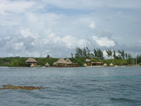 Turquoise Bay Dive & Beach Resort : Their location is in a very nice area