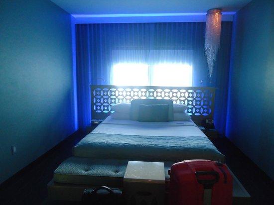 Dream South Beach: room