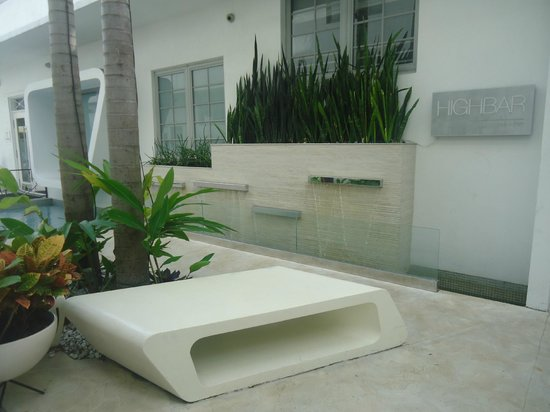 Dream South Beach: patio