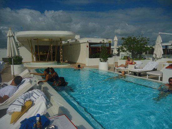 Dream South Beach Rooftop Pool