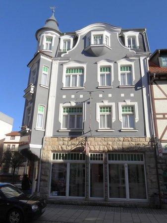Hotel an der Kapelle : Hotel Strassenseite