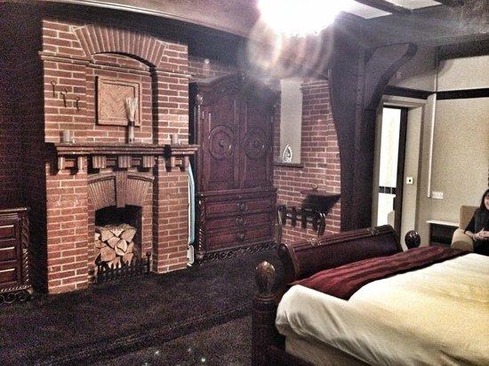 The Tudor Lodge : Room 22.