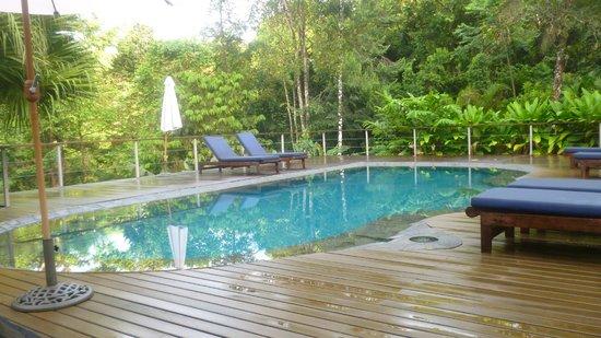 El Remanso Lodge: la piscina