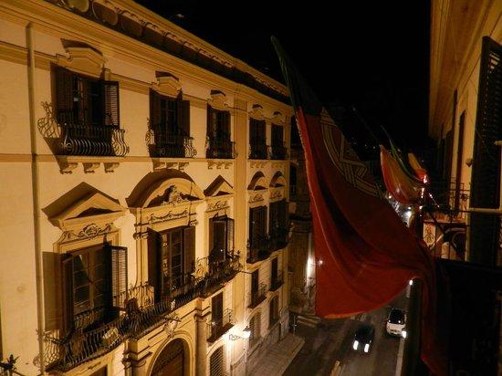 Hotel Alessandra: Panoramica notturna da camera