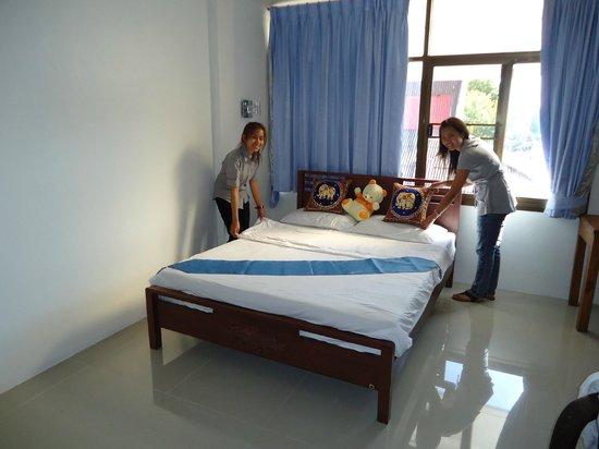 Hotel The California: Deluxe Queen Bed